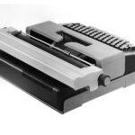 Elektrische Kleinschreibmaschine, Original aus Serie, ca.1976