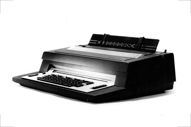 Büro-Schreibmaschine, Original aus Serie, Ende 70er Jahre, für Optima Erfurt